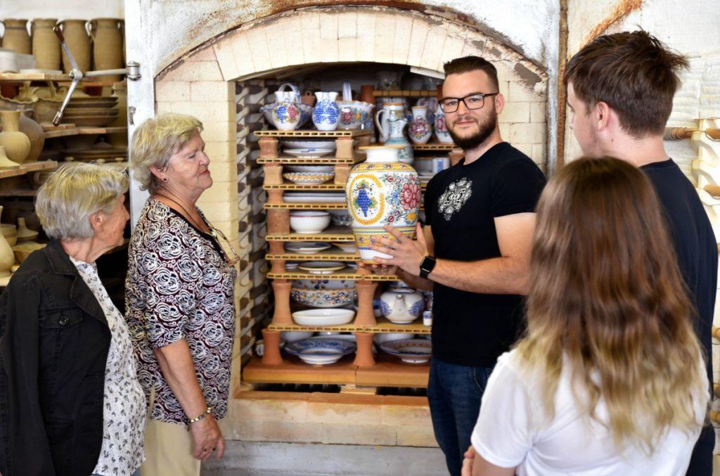 Slovenská ľudová majolika oslavuje 138 rokov